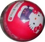 03_von hier nach dort oder anderswohin_20110527_Hello Kitty_ein ball rollt mit