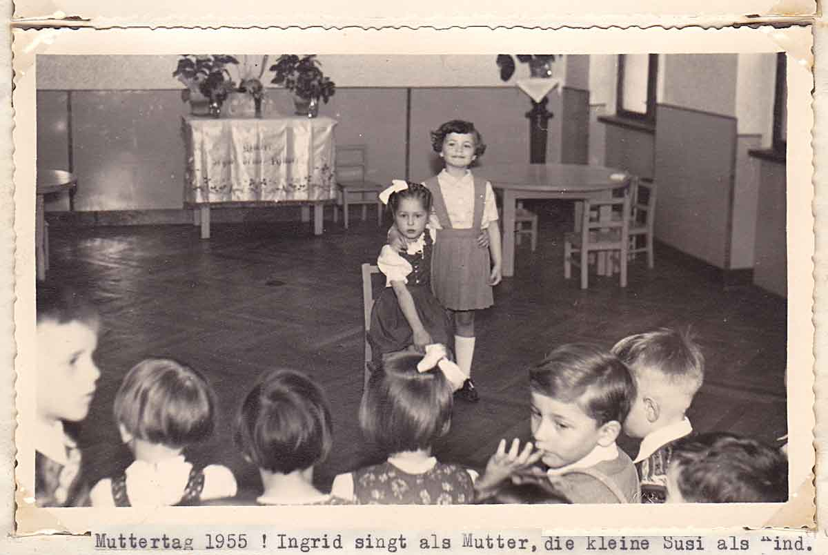 MUTTERTAG 1955_Pfarrkindergarten Neu-Ottakring_Wien